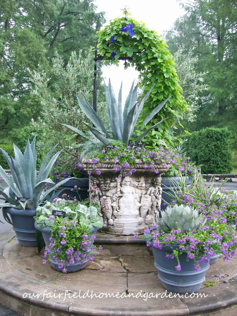 http://ourfairfieldhomeandgarden.com/inspiring-gardens/longwood/