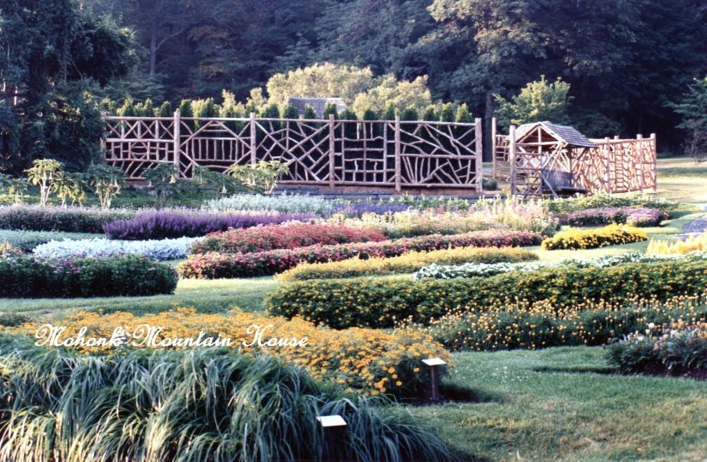 https://ourfairfieldhomeandgarden.com/inspiring-gardens/mohonk/