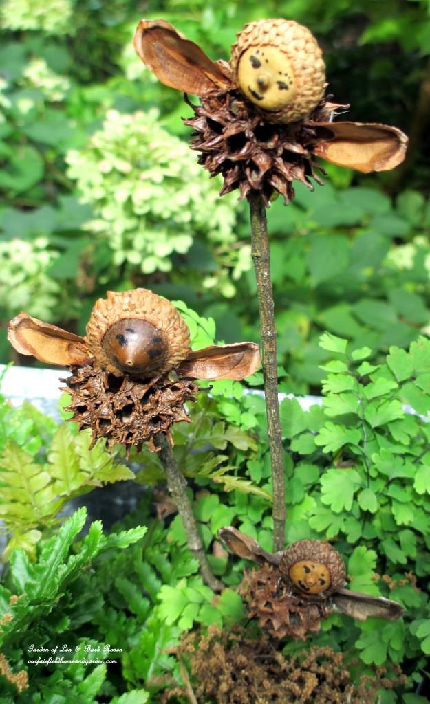 Garden Fairies https://ourfairfieldhomeandgarden.com/diy-project-making-fairies-from-natural-materials/