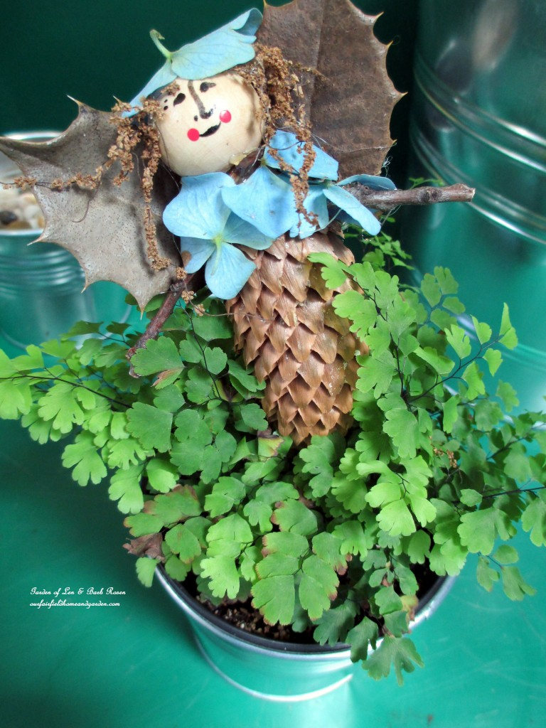 Garden Fairy http://ourfairfieldhomeandgarden.com/diy-project-making-fairies-from-natural-materials/
