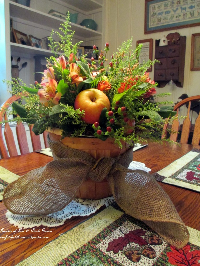 pple Harvest Basket http://ourfairfieldhomeandgarden.com/diy-project-arrange-your-own-fall-apple-harvest-basket/
