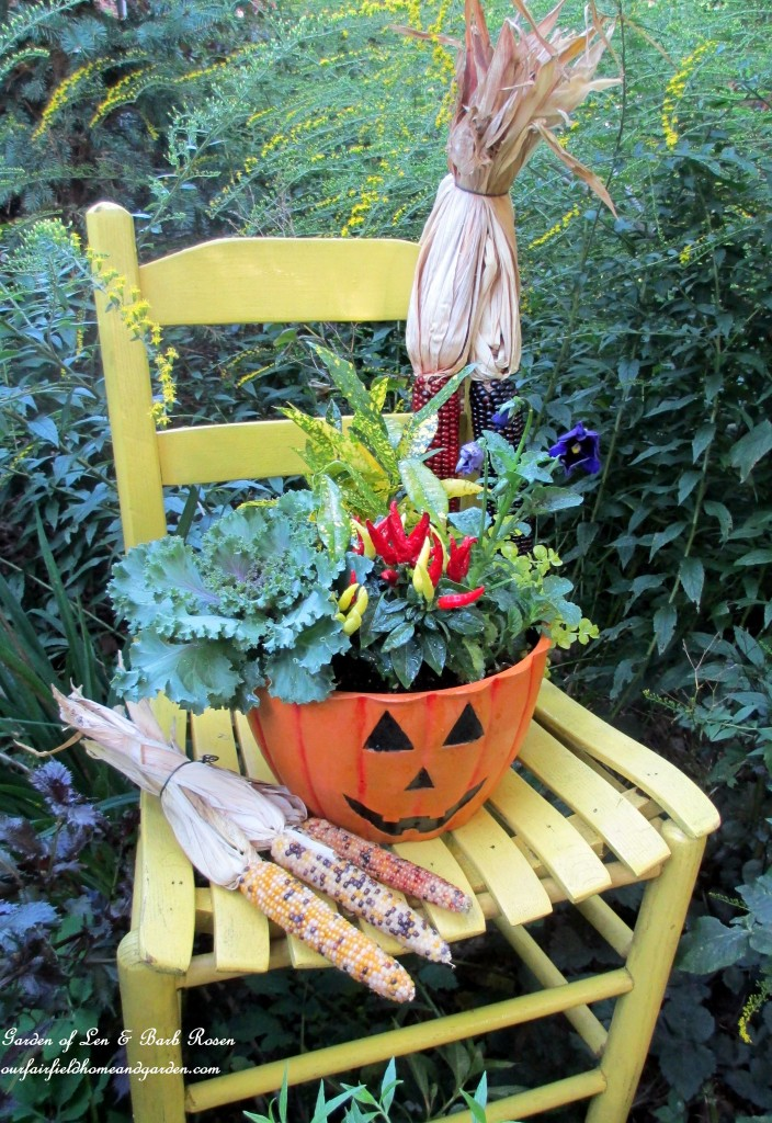 Fall Garden Decorating Ideas fall garden decor Httpourfairfieldhomeandgardencomour Fairfield Home Garden
