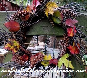 Twig Wreath with Fall Leaves http://ourfairfieldhomeandgarden.com/our-fairfield-home-garden-welcomes-fall/