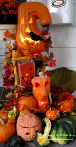 Halloween Display http://ourfairfieldhomeandgarden.com/getting-into-the-spirit-of-halloween-insert-spooky-music-here/