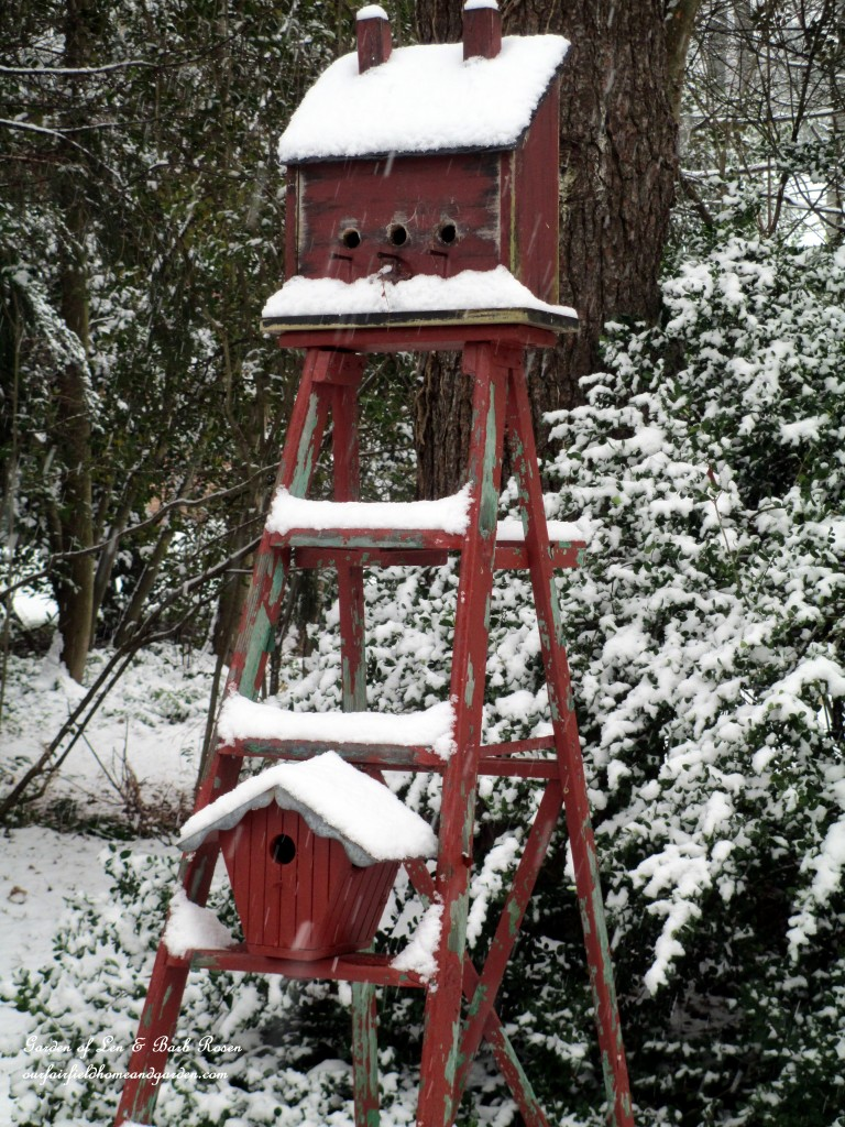 Snow-topped Ladder Birdhouses http://ourfairfieldhomeandgarden.com/winter-wonderland-it-finally-snowed/