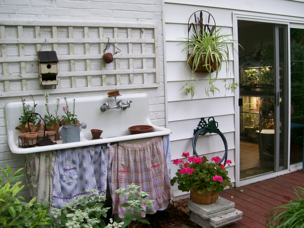 Outside the Garden Room ~ deck and potting sink https://ourfairfieldhomeandgarden.com/my-winter-sanctuary-scenes-from-a-garden-room/