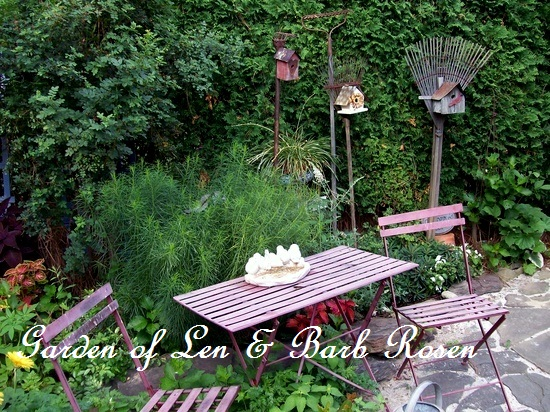Bluestone patio http://ourfairfieldhomeandgarden.com/a-trip-down-memory-lane-my-former-garden/