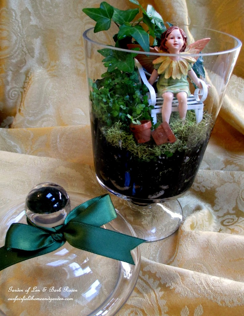 http://ourfairfieldhomeandgarden.com/diy-project-summer-enchantment-in-a-jar/ This tiny fairy and her garden are ready to be a birthday gift for my friend!
