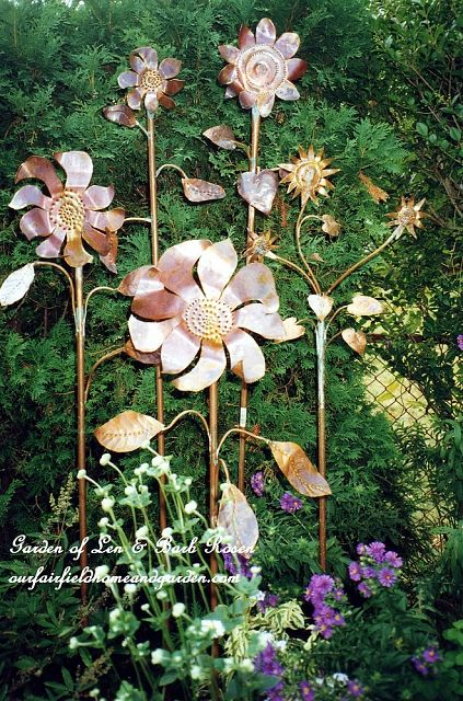 Copper Garden Flowers https://ourfairfieldhomeandgarden.com/a-trip-down-memory-lane-my-former-garden/