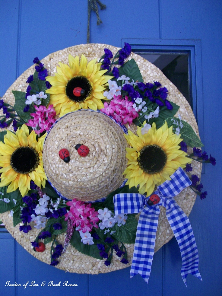 Lady's Flower Hat http://ourfairfieldhomeandgarden.com/spring-is-busting-out-all-over/
