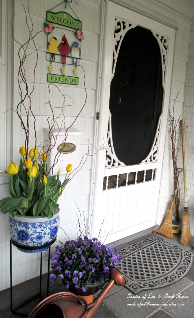 spring container plantings http://ourfairfieldhomeandgarden.com/spring-is-busting-out-all-over/