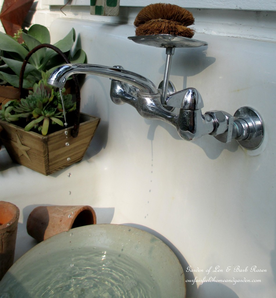 The sink dribbles into a bowl. water goes down the drain into a bucket below which holds the recirculating pump.