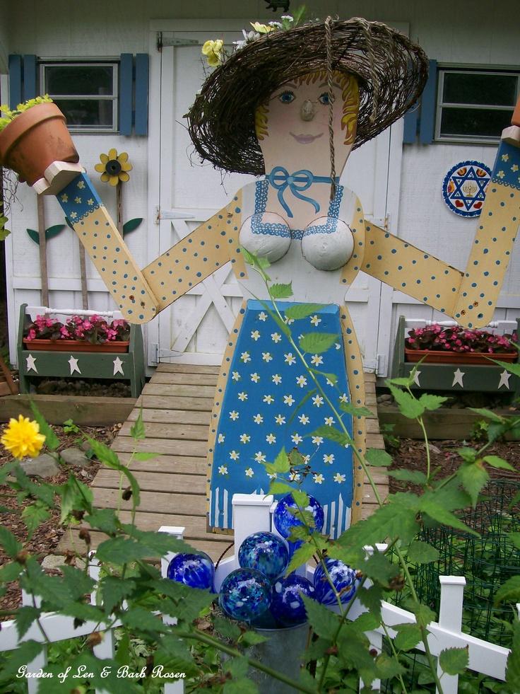 My Garden Lady http://ourfairfieldhomeandgarden.com/garden-walk-july-1st/