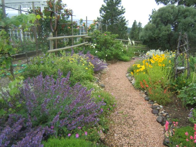 Sensible Gardening's beautiful garden