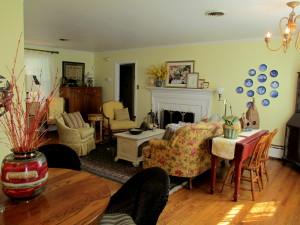 After ~ updated and elegant http://ourfairfieldhomeandgarden.com/livingroom-makeover-grandma-to-grandeur/
