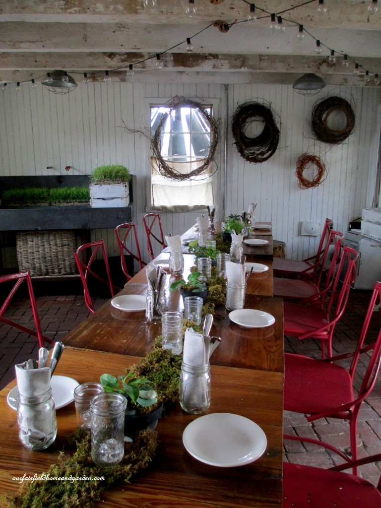 Garden Shed dining