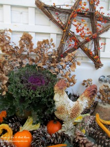 Fall Potting Sink http://ourfairfieldhomeandgarden.com/autumn-garden-accents-inside-and-out/