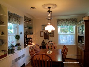 Before ~ Country  http://ourfairfieldhomeandgarden.com/restaging-our-country-french-dining-room/