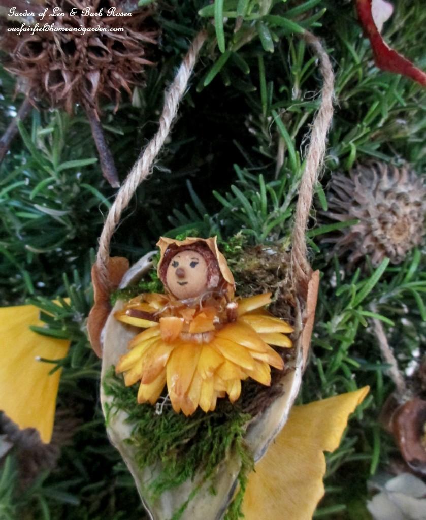 Baby Fairy http://ourfairfieldhomeandgarden.com/diy-a-fairy-merry-christmas/