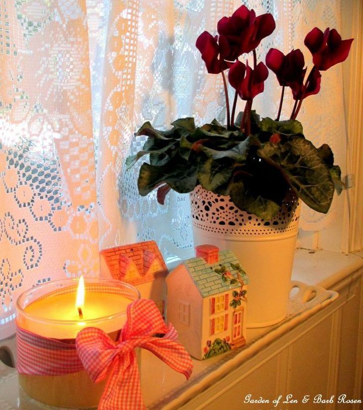 Valentine's Day Decor https://ourfairfieldhomeandgarden.com/be-my-valentine-valentine-decor/