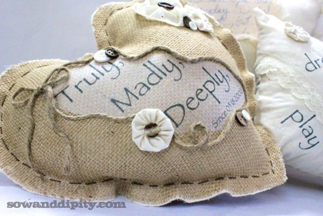 love letter pillows http://www.sowanddipity.com/love-letter-pillows/