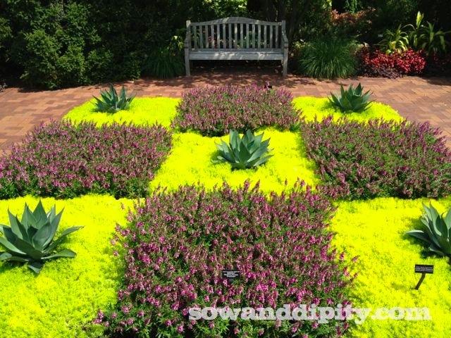 Chicagoland Garden Tour http://www.sowanddipity.com/chicagoland-garden-tour/