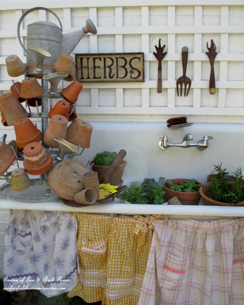 potting bench https://ourfairfieldhomeandgarden.com/its-about-blooming-time-spring-potting-time/