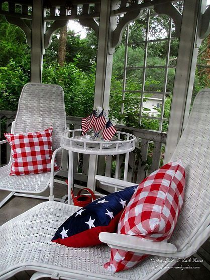 Patriotic Party http://ourfairfieldhomeandgarden.com/patriotic-party-time-a-wonderful-give-a-way/