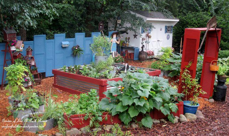 Shutter Garden http://ourfairfieldhomeandgarden.com/salvaged-the-32-shutter-challenge-repurposing-shutters-in-the-garden/