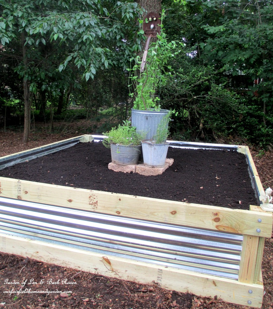 DIY Raised Garden Bed http://ourfairfieldhomeandgarden.com/build-a-raised-bed-garden-our-fairfield-home-garden/