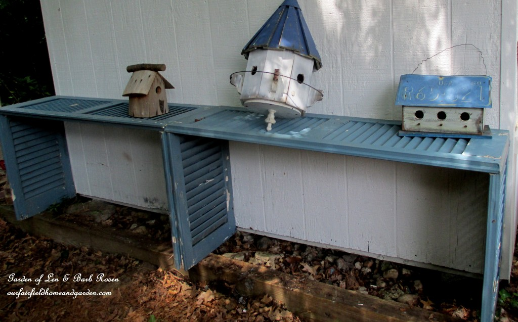 Shutter Potting Bench http://ourfairfieldhomeandgarden.com/salvaged-build-a-potting-bench-from-shutters/