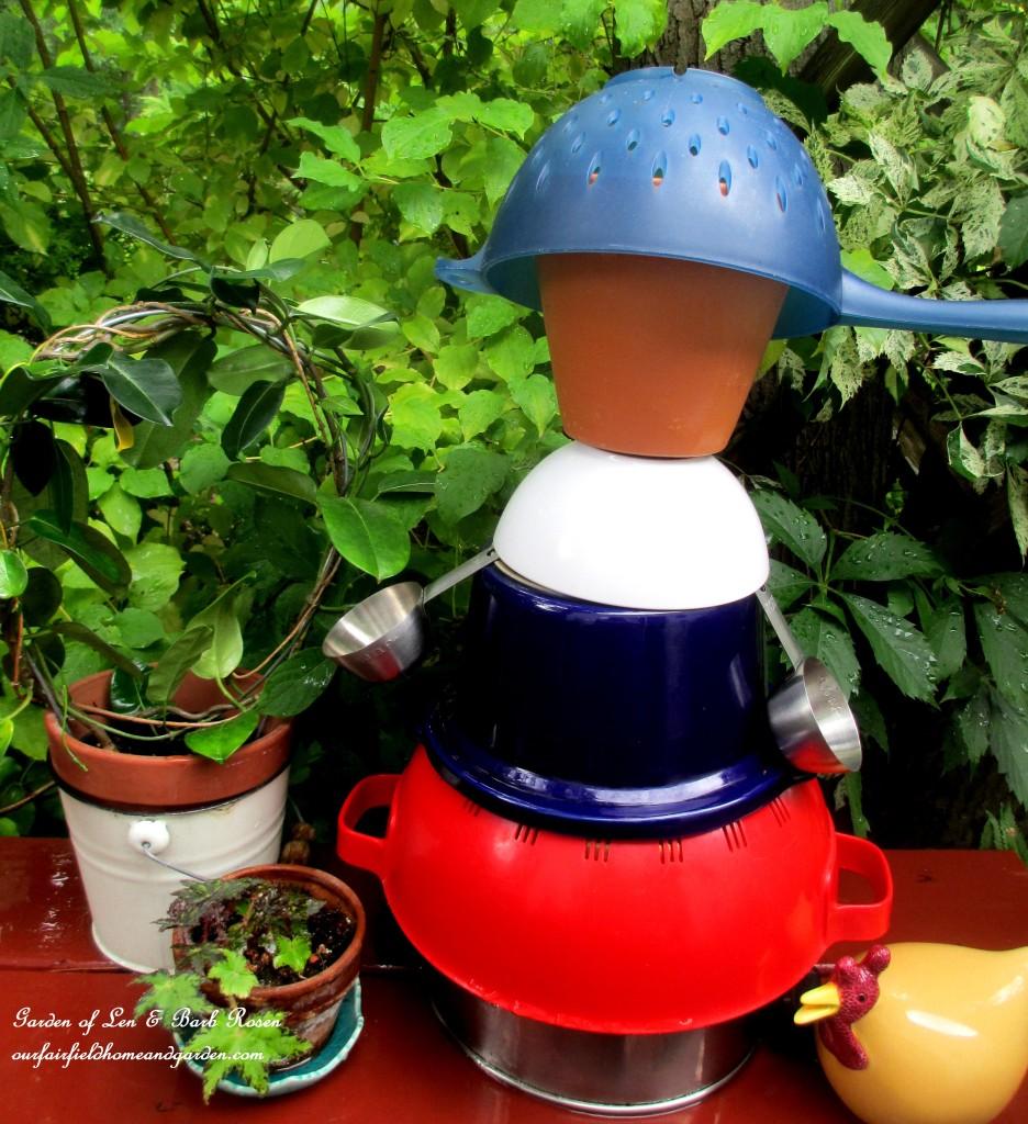Kitchen Man Garden Accent http://ourfairfieldhomeandgarden.com/kitschy-kitchen-garden-accents/