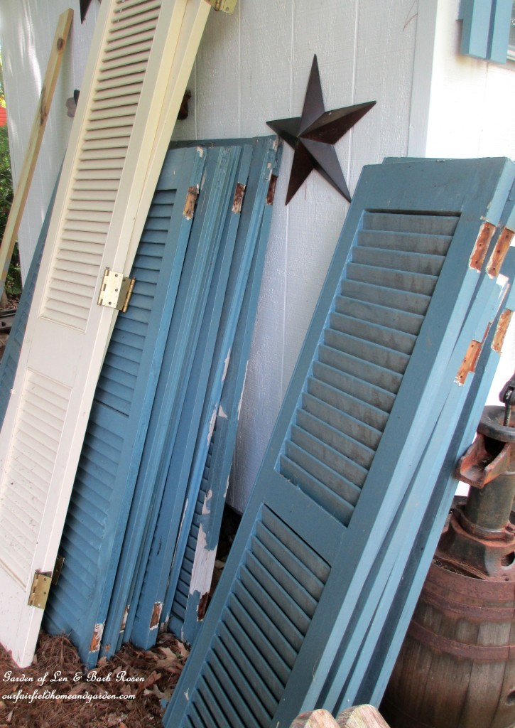 salvaged shutters http://ourfairfieldhomeandgarden.com/salvaged-build-a-fence-from-shutters/
