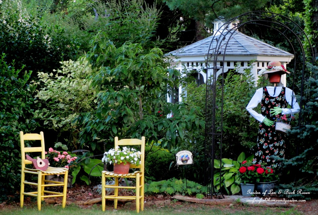 Summer Garden https://ourfairfieldhomeandgarden.com/in-a-summer-garden-our-fairfield-home-garden/