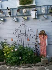 Garden Lady Scarecrow https://ourfairfieldhomeandgarden.com/a-trip-down-memory-lane-my-former-garden/