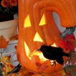 Halloween Decorating https://ourfairfieldhomeandgarden.com/getting-into-the-spirit-of-halloween-insert-spooky-music-here/