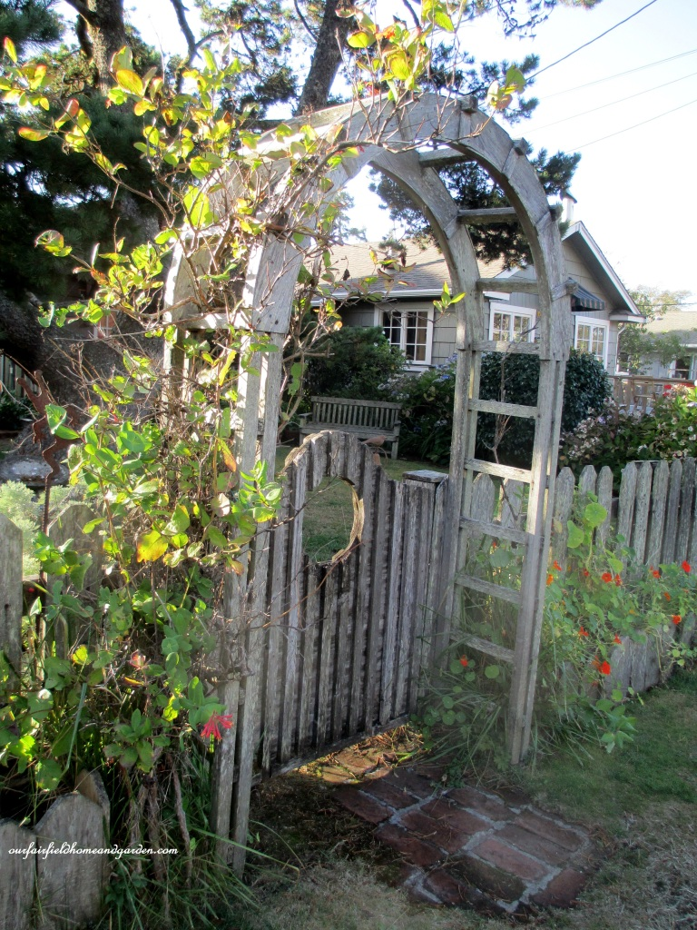Arbor Gate http://ourfairfieldhomeandgarden.com/an-oregon-trip-proposal-rock-at-neskowin/