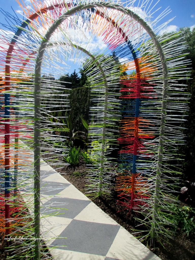 Zip Tie Arbor http://ourfairfieldhomeandgarden.com/unexpected-garden-accents/