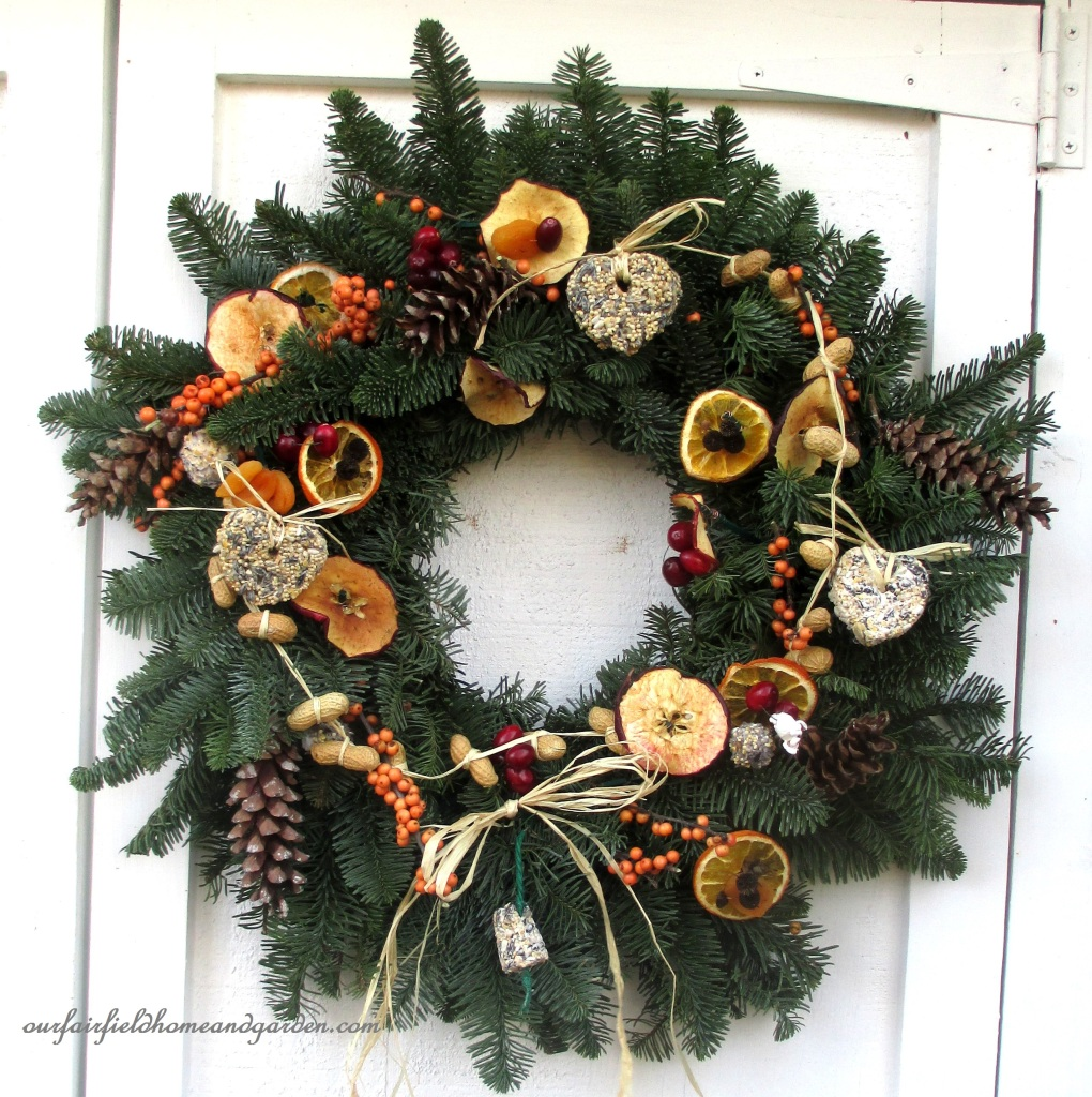 Natural Holiday Bird Wreath https://ourfairfieldhomeandgarden.com/natural-holiday-bird-wreath/