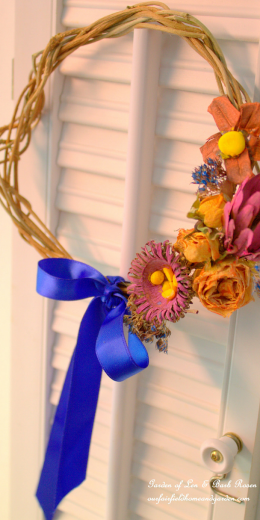 Spring Wreath https://ourfairfieldhomeandgarden.com/diy-spring-wreaths/