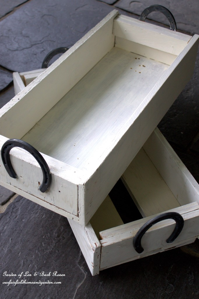 Horse-Shoe Handled Herb Box https://ourfairfieldhomeandgarden.com/horseshoe-handled-herb-box/