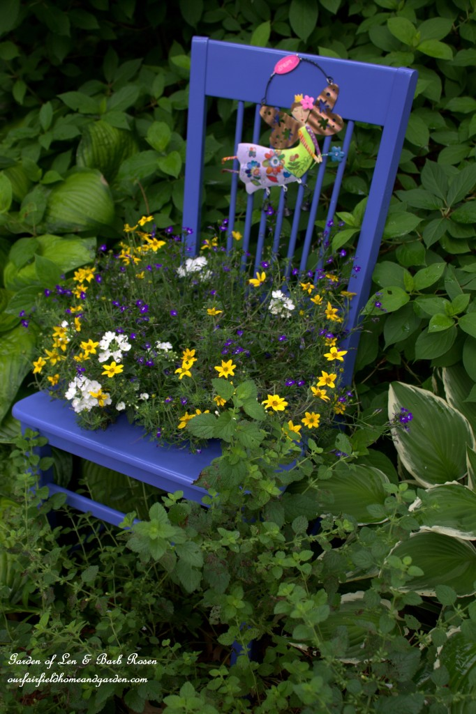 DIY ~ Chair Planter https://ourfairfieldhomeandgarden.com/diy-chair-planter/