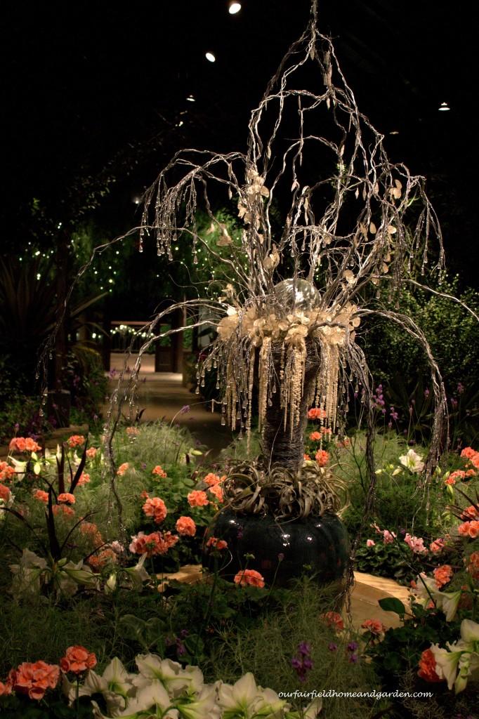 Mediterranean Garden Aglow http://ourfairfieldhomeandgarden.com/a-longwood-christmas-evening-stroll/