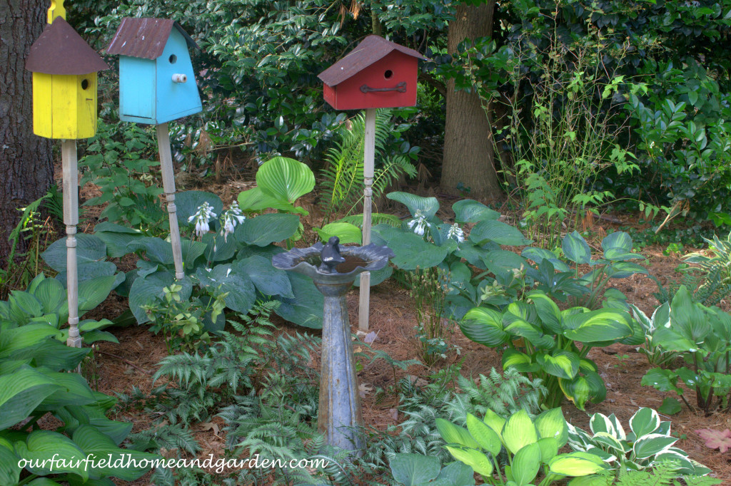 Bird Garden http://ourfairfieldhomeandgarden.com/our-fairfield-home-and-garden-tour/