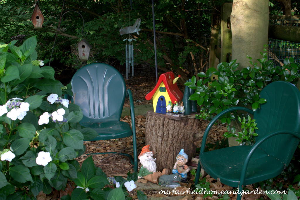 Gnome Garden http://ourfairfieldhomeandgarden.com/our-fairfield-home-and-garden-tour/