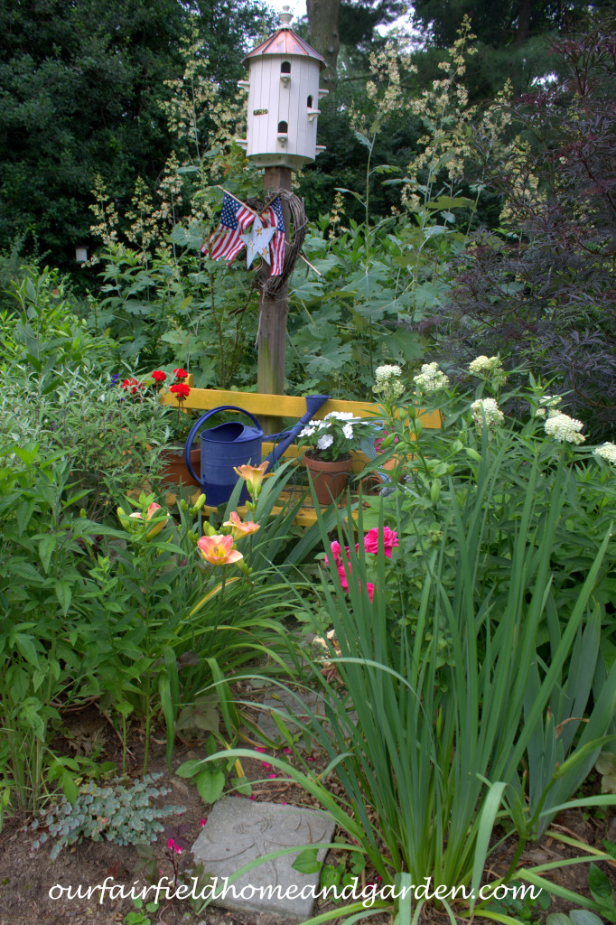 Garden Bench http://ourfairfieldhomeandgarden.com/our-fairfield-home-and-garden-tour/
