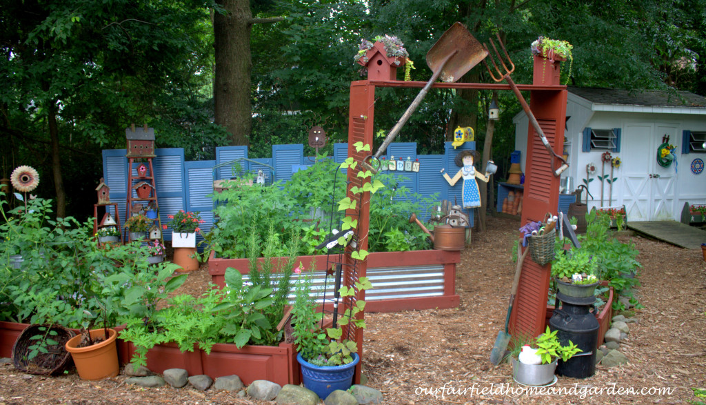 The Shutter Garden http://ourfairfieldhomeandgarden.com/our-fairfield-home-and-garden-tour/