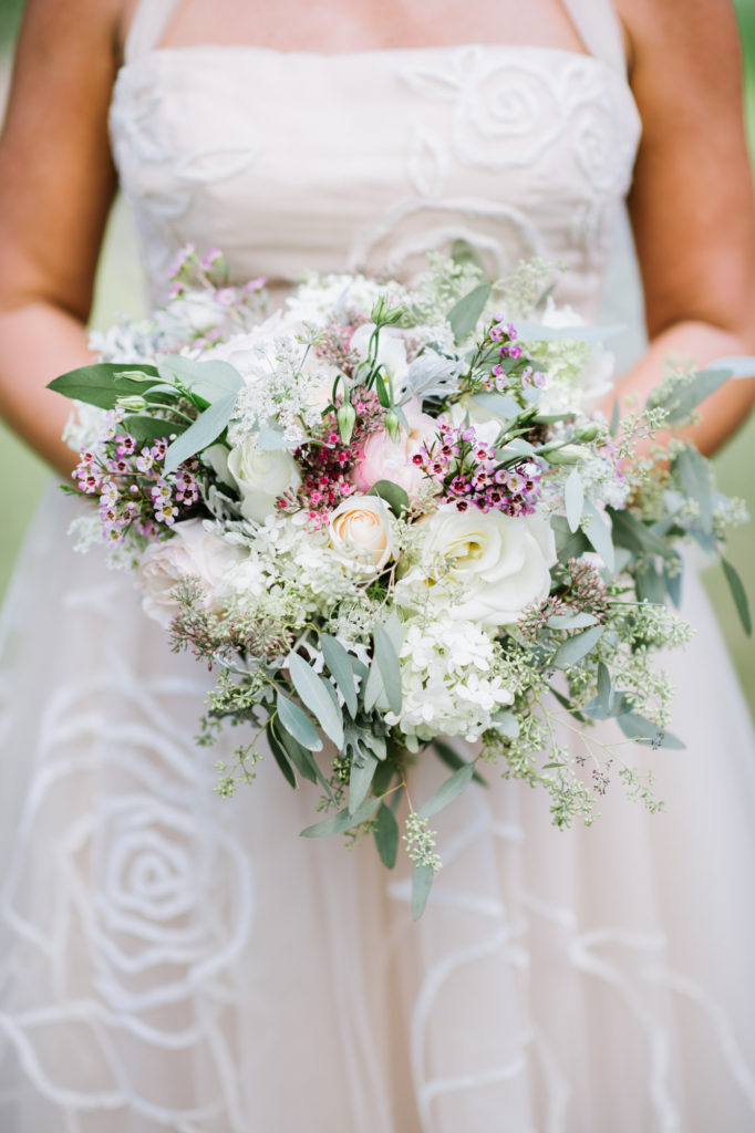 Bridal Bouquet https://ourfairfieldhomeandgarden.com/loving-touches-create-an-elegant-wedding-for-less/