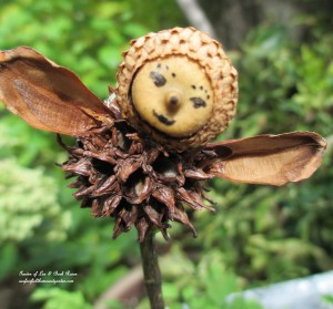 Make Your Own Fairies http://ourfairfieldhomeandgarden.com/diy-project-making-fairies-from-natural-materials/